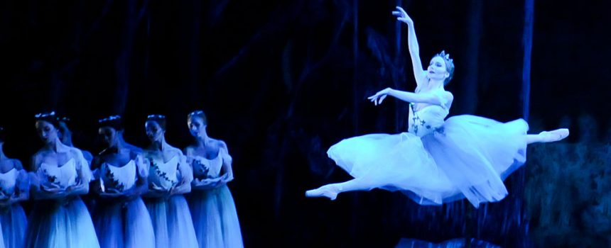 Diana-Yohe-as-Myrtha-in-Pittsburgh-Ballet-Theatre's-production-of-Giselle---1600