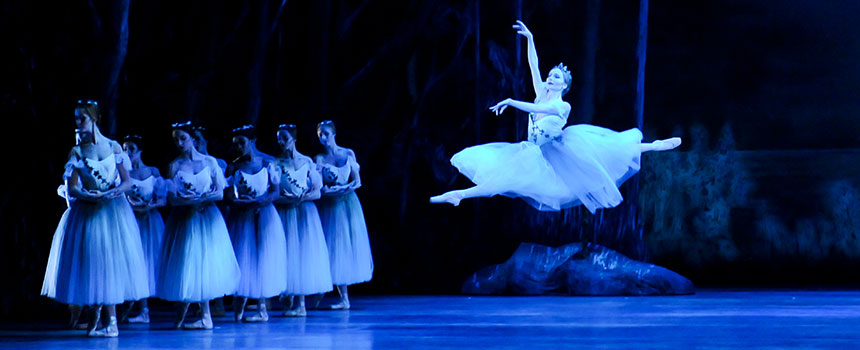 Pittsburgh Ballet Theatre - Diana Yohe