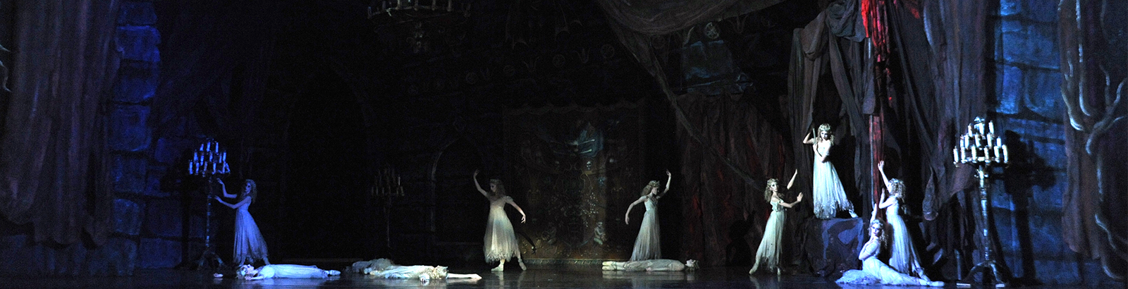 Pittsburgh Ballet Theatre - Dracula